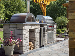 Grilling & Kitchens